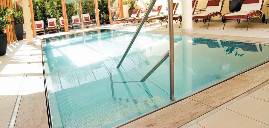 Hotel Kaiserhof, Kitzbühel, Austria - Indoor pool 2.jpg